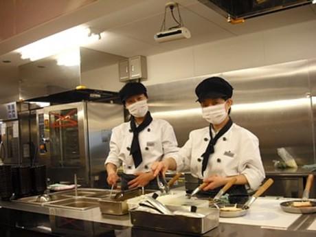 寮の食堂での調理補助スタッフを大募集!簡単なお仕事ばかりなので、調理未経験の方も大歓迎です!